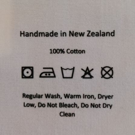 BLACK Cotton vinyl care label